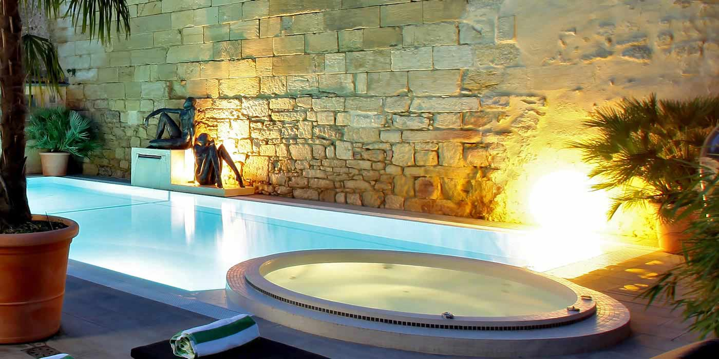 Hotel With Swimming Pool Spa And Jacuzzi In Sarlat Dordogne